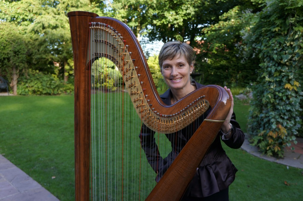 Georgina Wells - Yorkshire Wedding Harpist